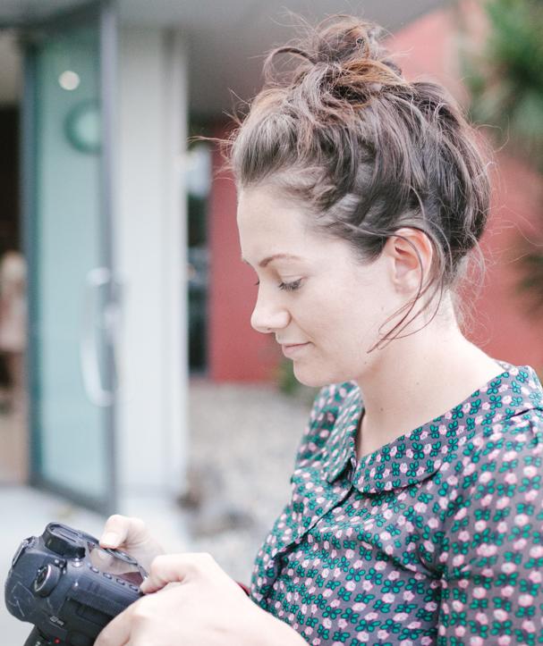 Warrnambool Wedding Vendors: Laura Mahony Photography