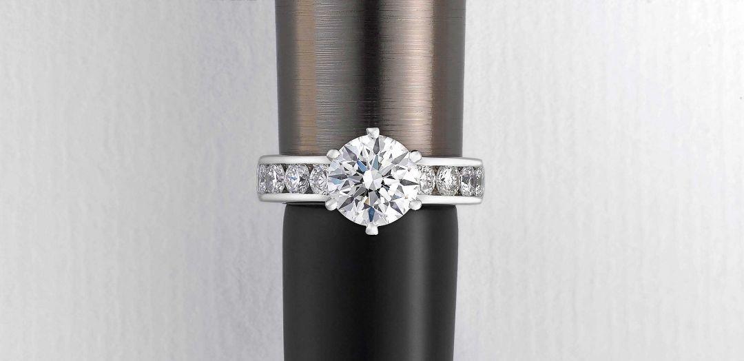t&h custom engagement ring