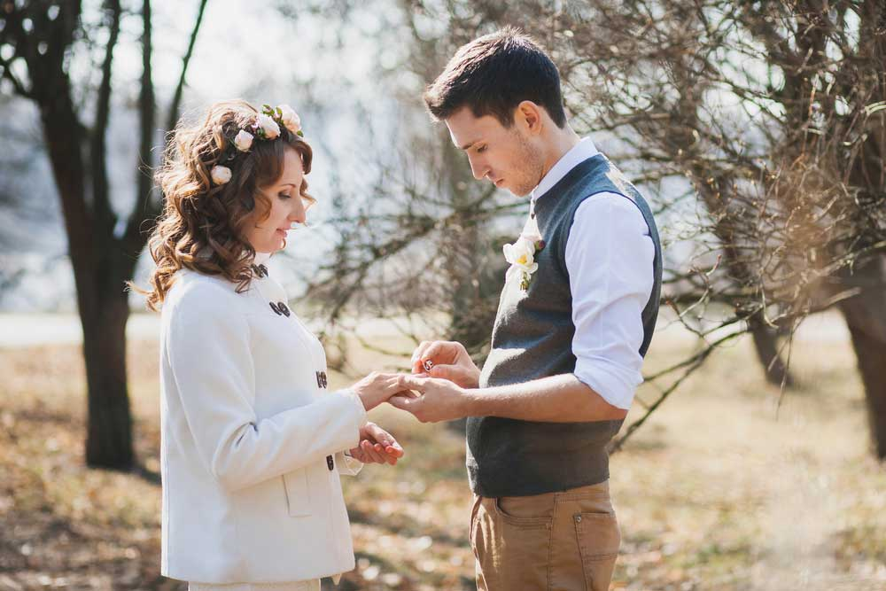 Vow Renewals What You Need To Know Paperlust